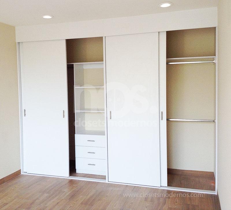 Closet corredizo 1 nos closets modernos for Disenos de closets sencillos