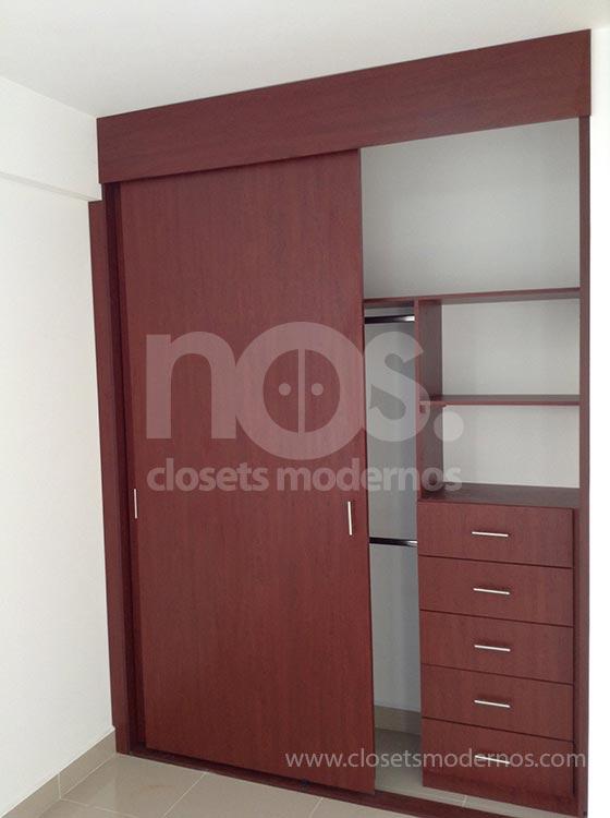 Closet corredizo 5 nos closets modernos for Closets estado de mexico